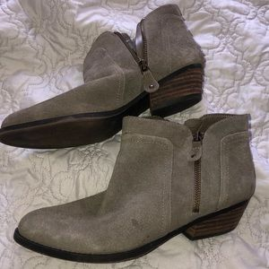 Nine West grey ankle Booties 8.5